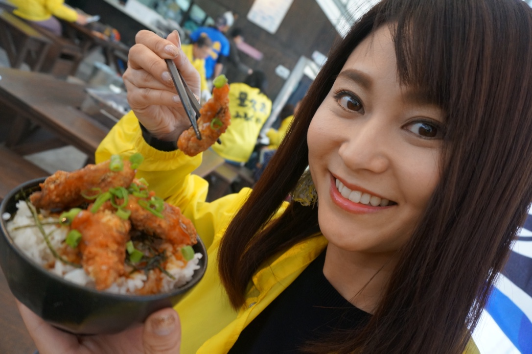 牡蠣フライ丼